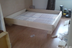 bed005